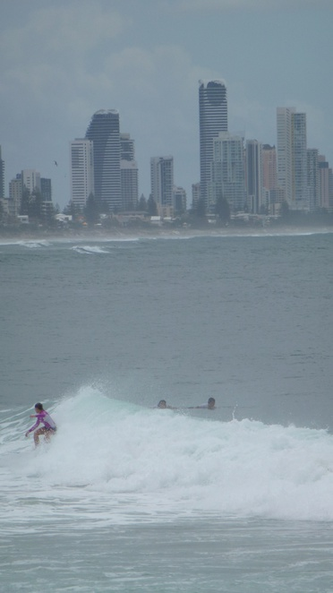 Burleigh Heads, Gold Coast, Holidays, beach, apartments, surfing, surfers paradise
