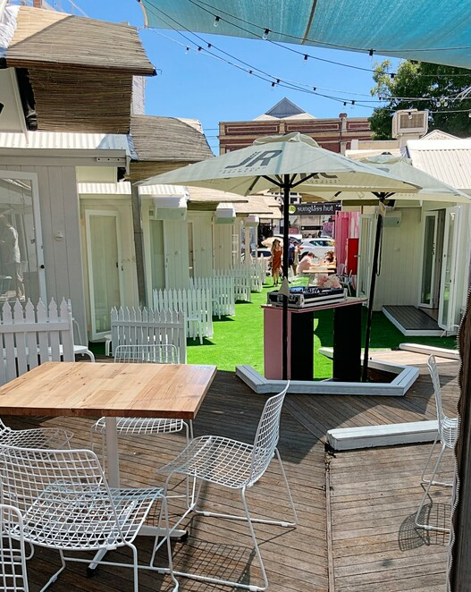 chapel lane huts, pop up summer playground south yarra, entertainment, bar, restaurant, fun things to do, night life, date night, beach themed huts, gin masterclasses, local musicians, djs, platters, grazing plate by stella, carts and containers