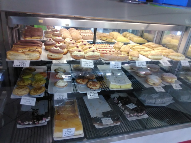Daily Bakery, Port Adelaide, food, soft drinks, bakery, Vietnamese Rolls, hot food, pies, cakes, sweets, cheesecake, pasties, meal deals