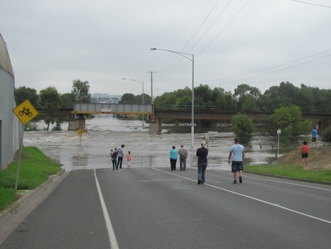 Flooding at the Break, Barwon River