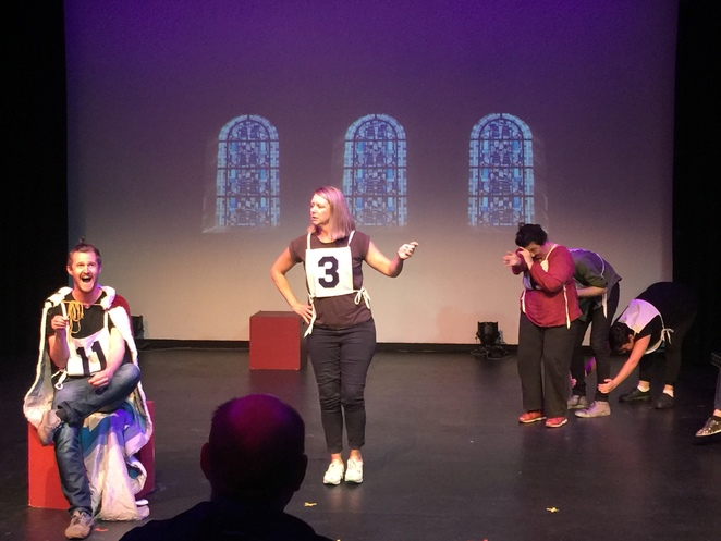 Improvisation, live improvised entertainment, comic improvisation, audience participation, family entertainment, live show, improvisation show, stage show, comedy, Maestro Impro
