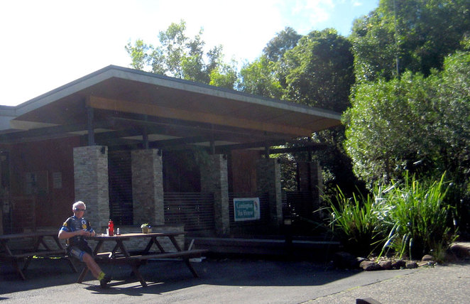 Relaxing outside the Lamington Tea House at Binna Burra
