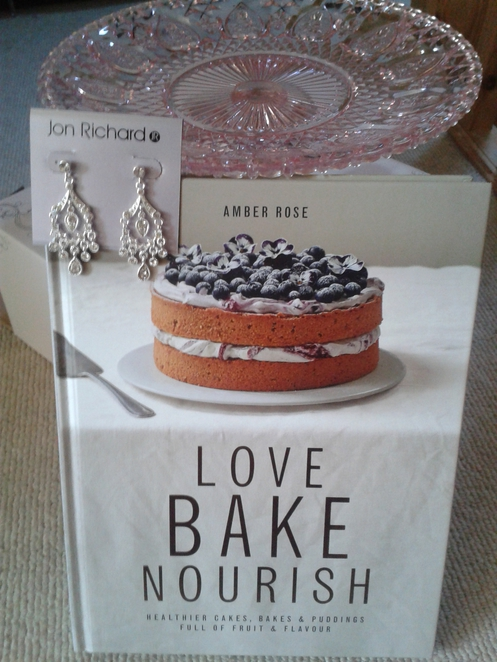 Love Bake Nourish, cook book, cooking, Amber Rose,