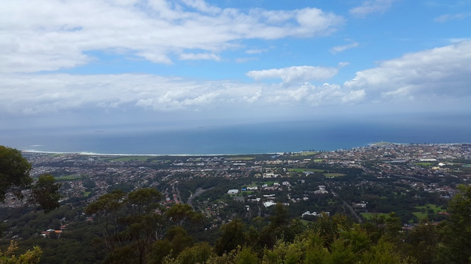 Mt Keira lookout