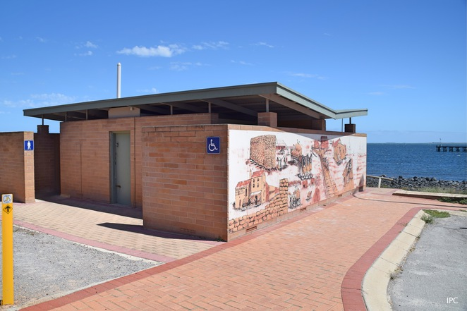 Yorke Peninsula Murals, Ann Harris, Blue Lime Cafe, Stansbury, Things to do on Yorke Peninsula, Reasons to visit Yorke Peninsula, Edithburgh, Port Vincent, Corny Point, Ardrossan, Minlaton