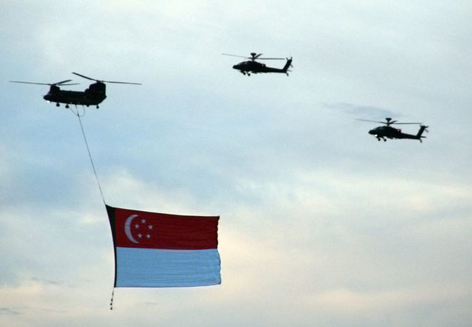 NDP 2017, Singapore National Day, Singapore State Flag, Chinook helicopter, Apache helicopter, military gun salute, RSAF, singapore air force