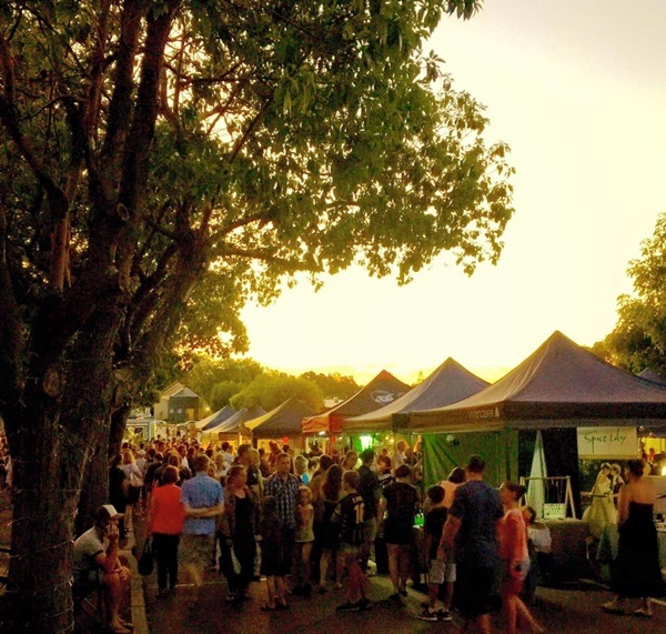 Night,markets,in,Kalamunda