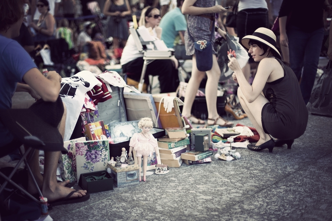 Shopping, Gifts, Markets, Brisbane, Fortitude Valley, Suitcase, Bargains, Things to Do, Things for See