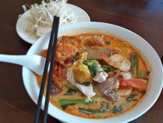 streets of asia, canberra, ACT, best laksa, laksa, noodle soup, malaysian restauarants, ACT, asian, soups, laksa,