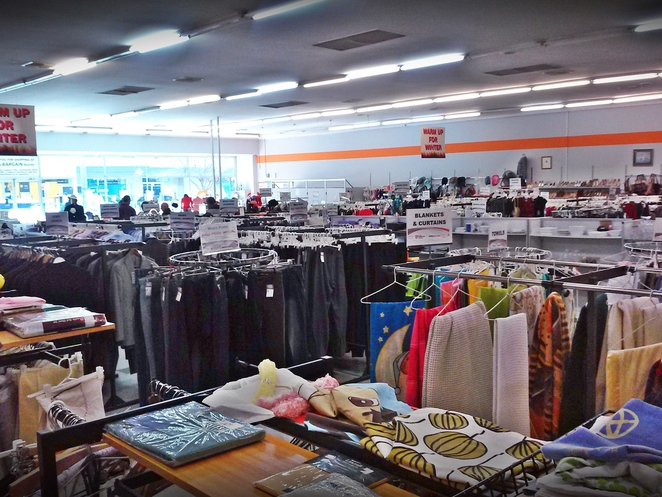 the bargain hunter, anglicare, op shops, queanbeyan, NSW, ACT, canberra, second hand, thrift shop, op shopping,
