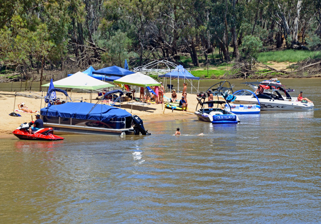 Victoria Melbourne Mornington Camping Caravans Campertrailers 4WD Four Wheel Drives Driving Boating Fishing Expo Exposition Travel Get Out Of Town Escape The City Great Family Day Out