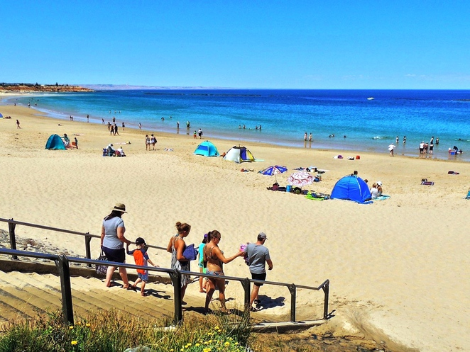 beachside food and wine festival, mclaren vale, fleureu peninsula, food and wine, free things to do, fun things to do, market stalls, fun for kids, free event, port noarlunga