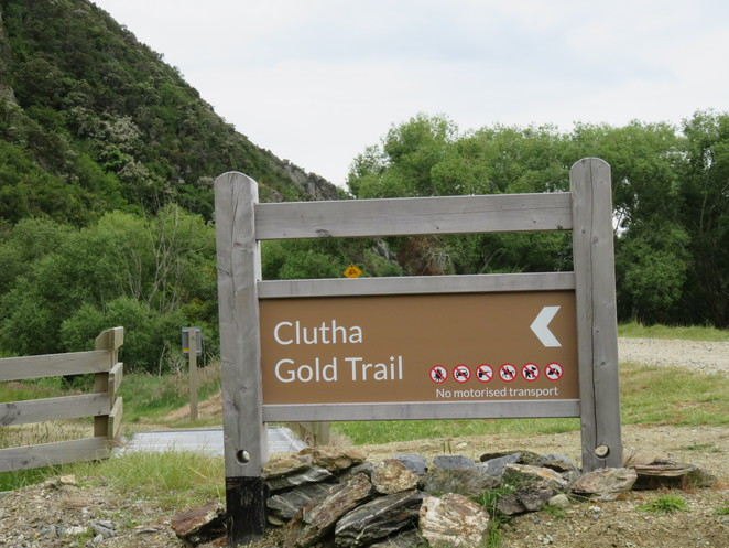 Clutha Gold Trail, Cycling,