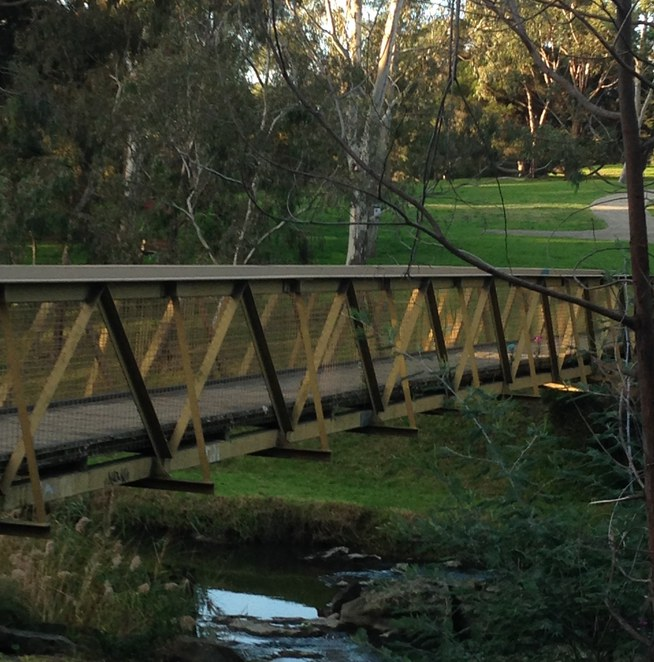 Coburg Lake Reserve, bridge, barbeques, birds