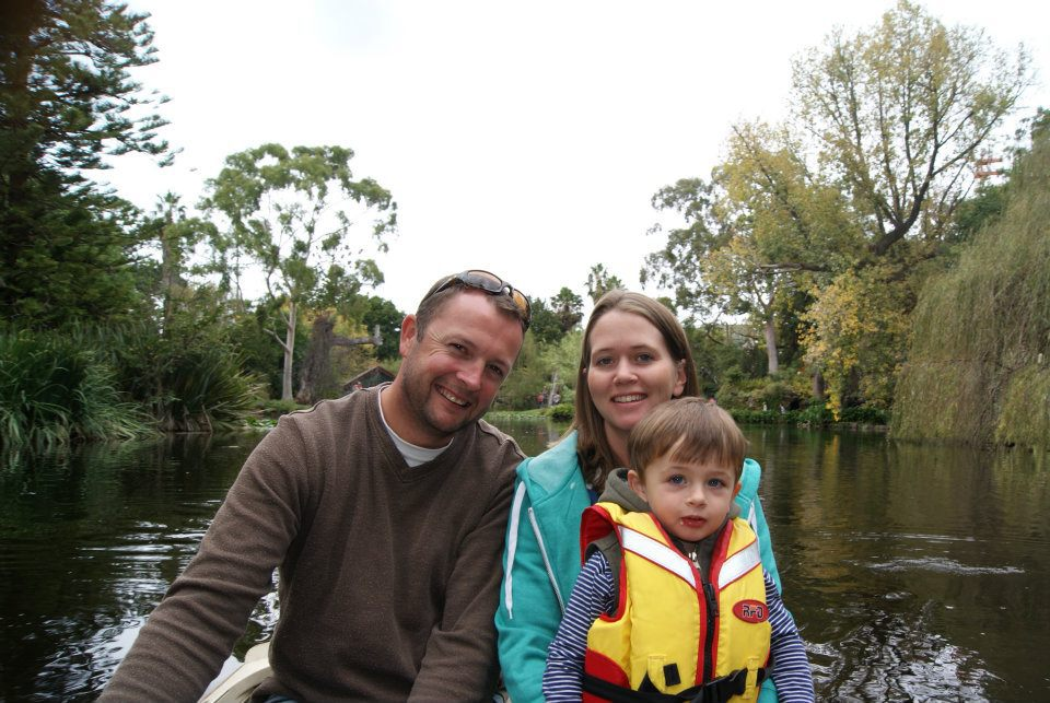 Easter fun day at rippon lea melbourne enjoy a relaxing boat ride on the lake negle Images