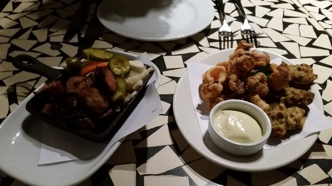 georges Mediterranean bar and grill entrees