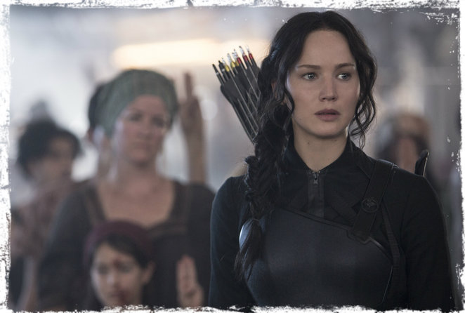 hunger games, mockingjay part 1, film review, movie review, jennifer lawrence, liam hemsworth, julianne moore, sam claflin, josh hutcherson, donald sutherland, phillip symour hoffman, woody harrelson