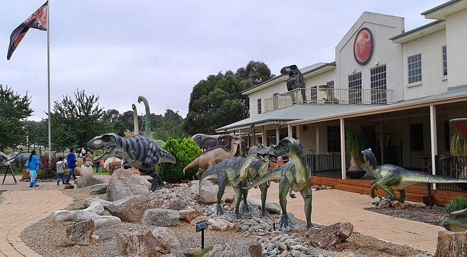 national dinosaur museum, canberra, ACT, tourist attractions, ACT, gold creek village, cockington green,