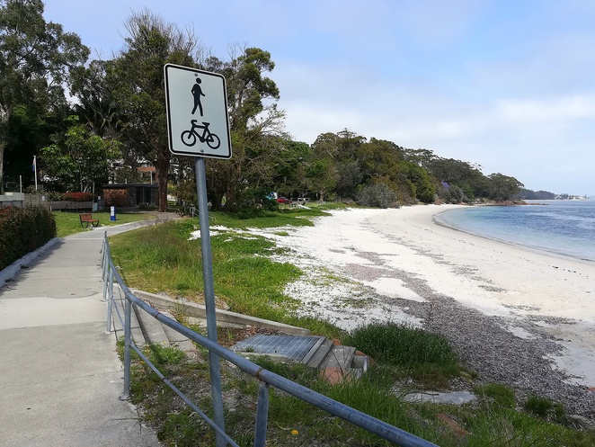 nelson bay, dutchmans beach, walk, coastal walk, bagnalls beach, walking paths, coast walk, port stephens, NSW, best walks, best short walks, easy walks, dog walking, bike riding, cycle paths, views, lookouts,