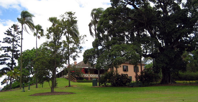 Newstead House in Newstead Park which is in the suburb of Newstead