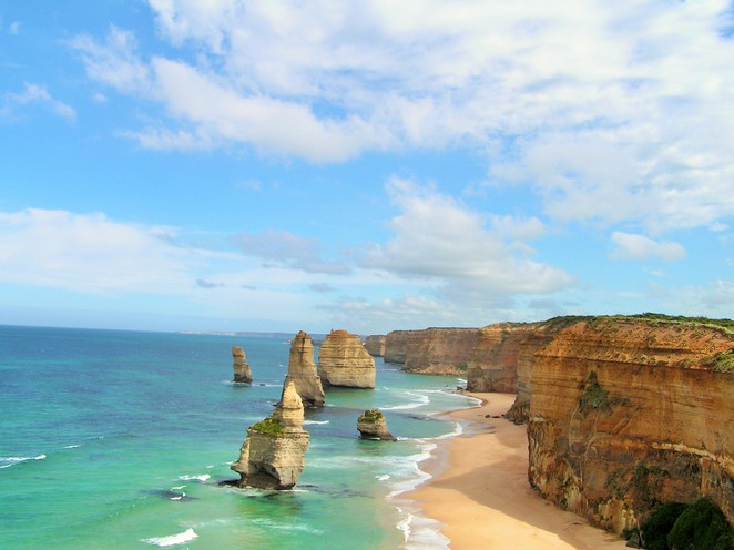 places to visit in Victoria,day trips from Melbourne,weekend getaways,day trips Victoria,long weekend,weekend getaways Melbourne,great ocean road,Apollo bay,12 apostles,otway, port campbell,