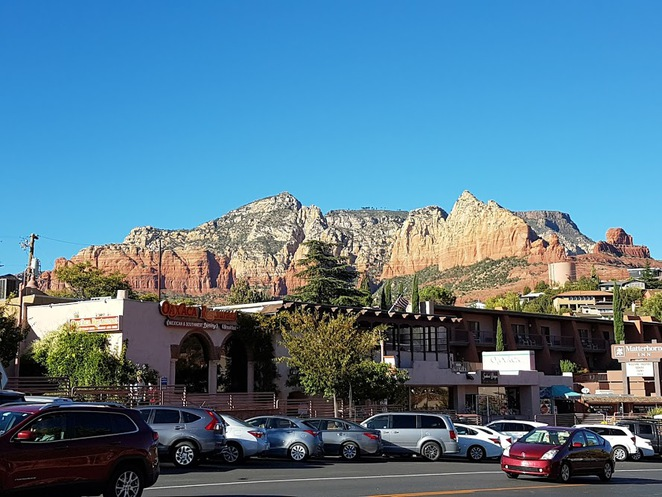 sedona arizona, mountain town, route 66, road trip usa, arizona, things to do in sedona, artists in sedona, michelle branch sedona, sights in sedona, sedona grand canyon