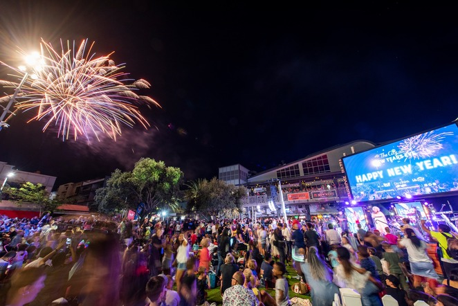 the city at new year's eve 2019, community event, fun things to do, free new years eve in perth, sam perry, live music free, kids entertainment, street performers, stunning fireworks, yagan square, perth cultural centre, amusement zone