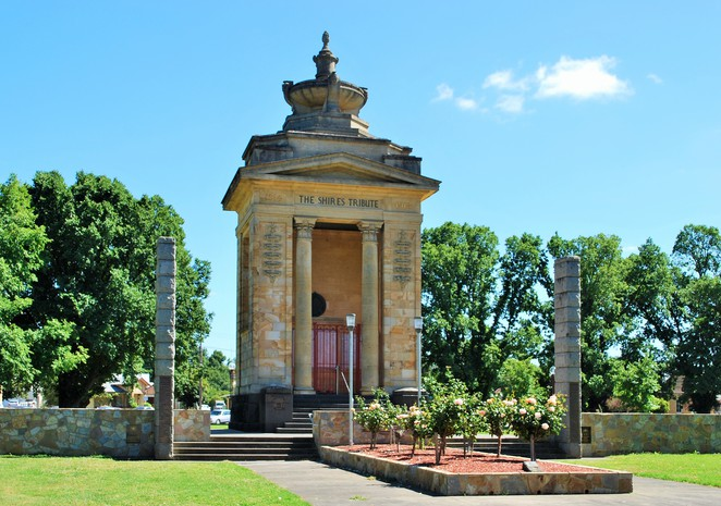 Things to do in Colac,Weekend getaways in Victoria,Holiday destinations Victoria,Family holidays Victoria,Otways,Country getaways Victoria,Lakes in Victoria,Volcanic plains Victoria,Salt lakes in Victoria,Corangamite lake,