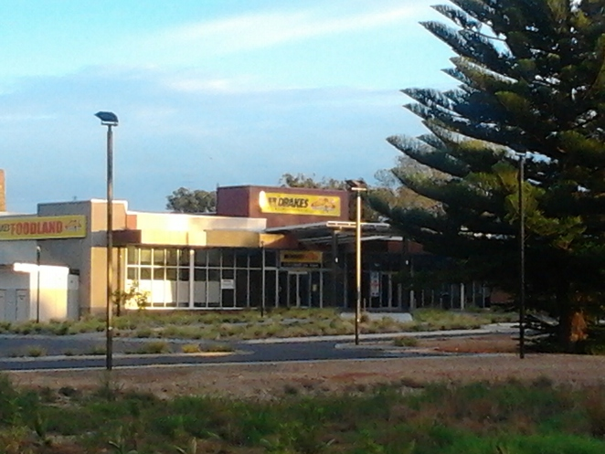 Wallaroo, Foodland, shopping centre