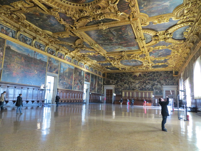 assembly room, doge, palace, venice