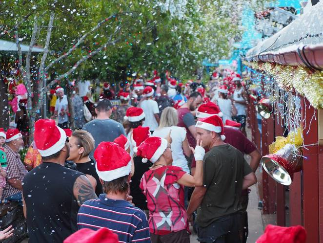 Christmas Wonderland at Aussie World, 23 December 2016, Santa's village, Santa, Frosty and Gingerbread Man Show, Aussie Kids, Night Before Christmas House, rides, attractions, roving carollers, Christmas entertainers, snow, giant pressies, nativity scene