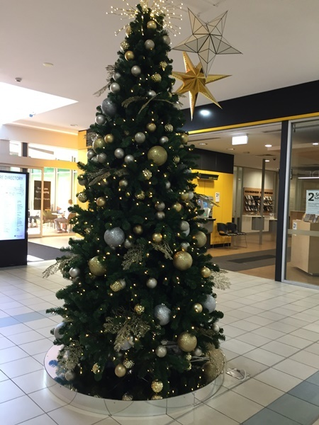 Christmas,tree,at,Floreat,Forum