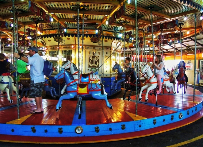 free things to do in adelaide, fun things to do, in adelaide, what's on in adelaide, adelaide kids, what to do in adelaide, school holidays, activities for kids, free events, semaphore carousel