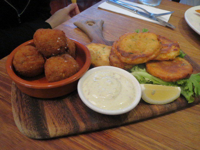 General Havelock Hotel, Risotto Balls and Zucchini & Sweetcorn Fritters, Adelaide