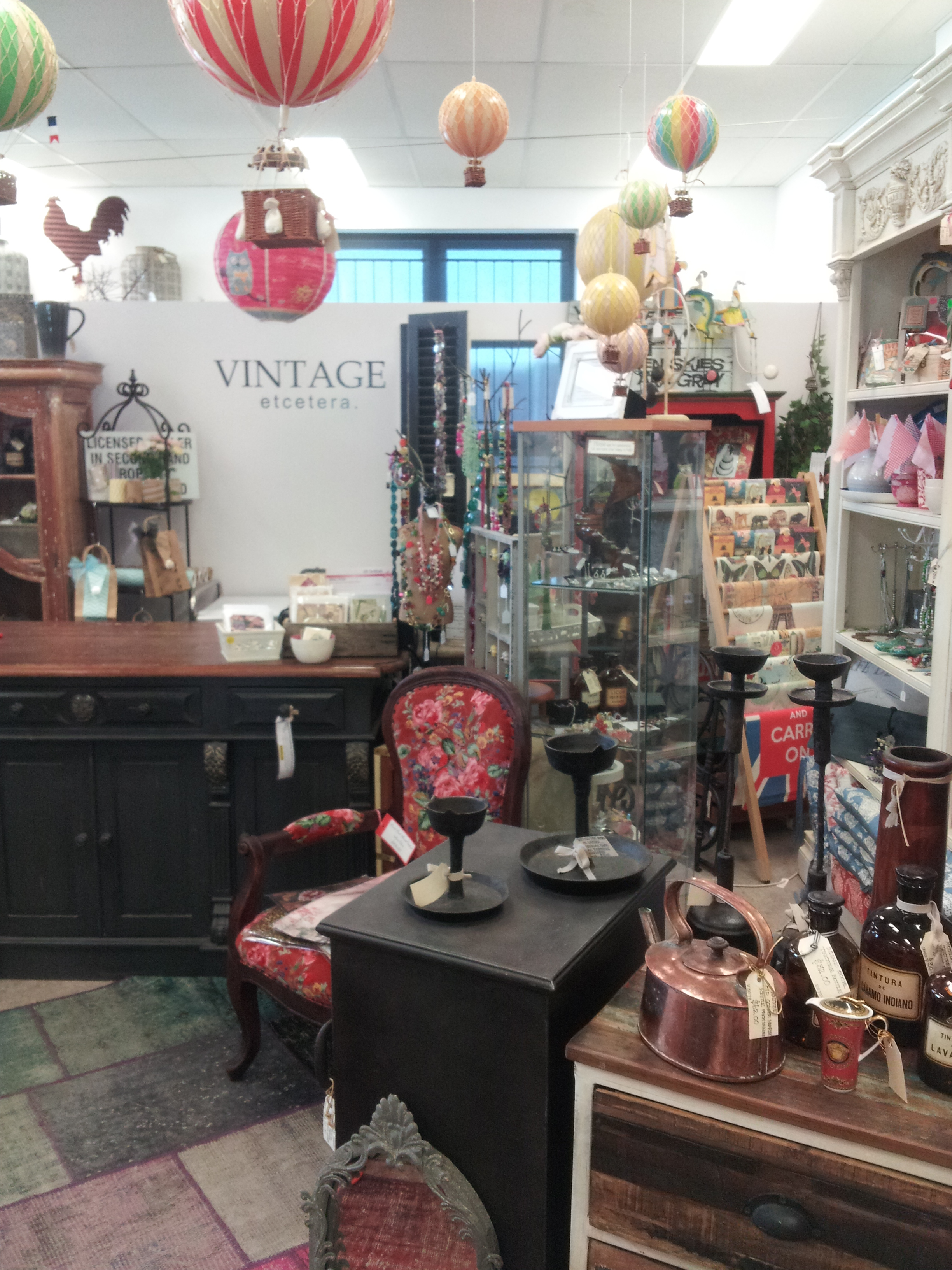Globe Vintage Antique Shop