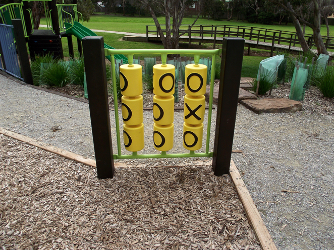 jan juc, Jan Juc creek, playground, park, grass, torquay, tic-tac-toe, noughts and crosses,