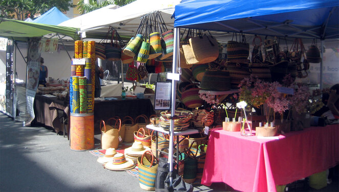 There are many craft and other product stalls at these markets
