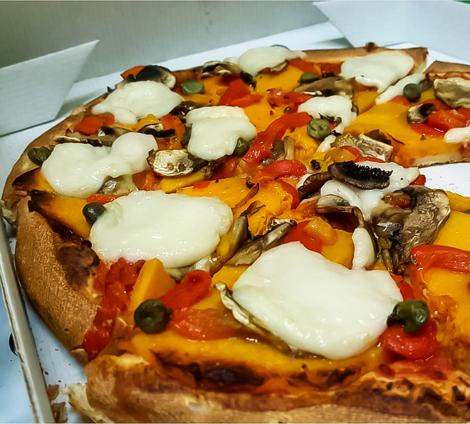 pizza, takeout, takeaway, delivery, junk food, margherita