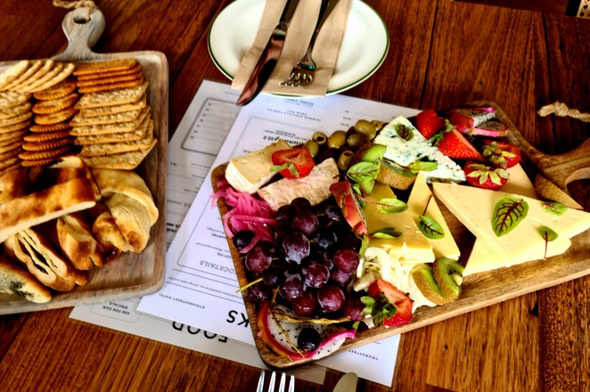 Share plates, lunch, grazing, pub, Newcastle, Carrington, family, craft beer, drinks, food, entertainment