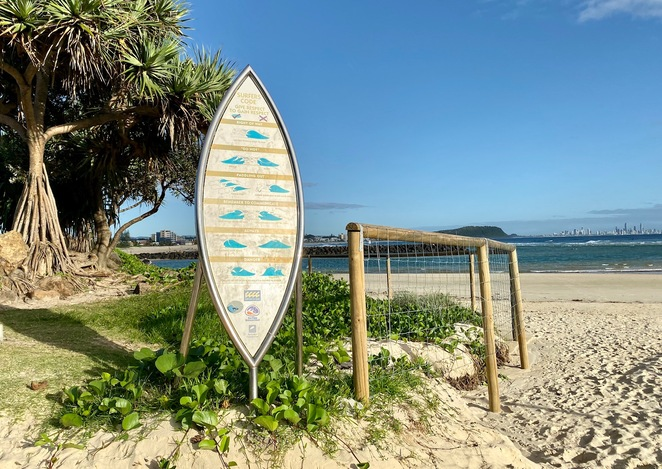 The entrance to Currumbin Alley Surf Beach from Wallace Nicoll Park