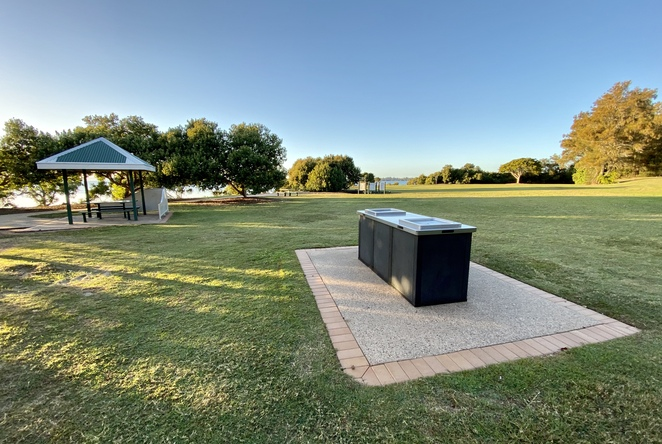 There are a number of electric BBQs and shaded picnic areas installed throughout this area of the recreation reserve