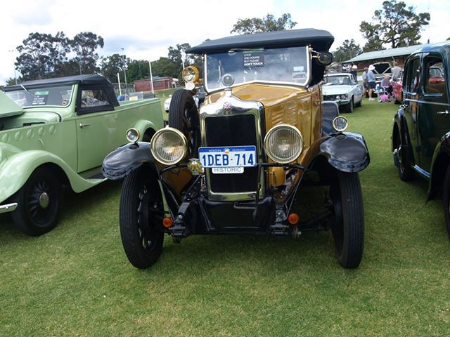 classic car, british auto classic extravaganza, family fun day, thing to do in october, avon valley car show