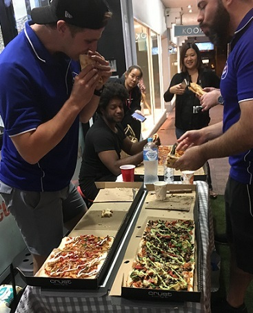 competition, pizza, winner, metre long, toppings