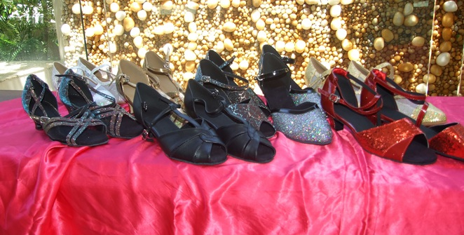 dancing shoes, currant dance shoes, ballroom, latin, salsa, swing, rock'n'roll, waltz, fun, music, jazz, blues, ballet, debutante, wedding, mail order