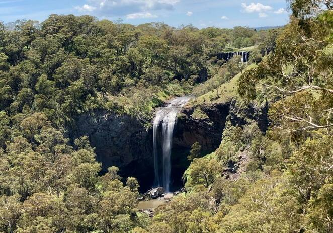 Ebor Falls viewed from the lower viewing platform along the walking trail