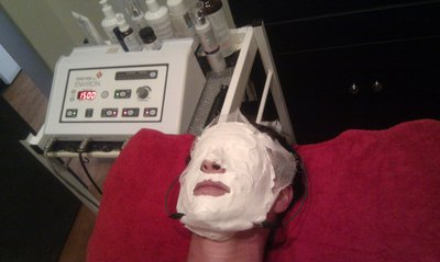 Gauze masque is applied during field iontophoresis