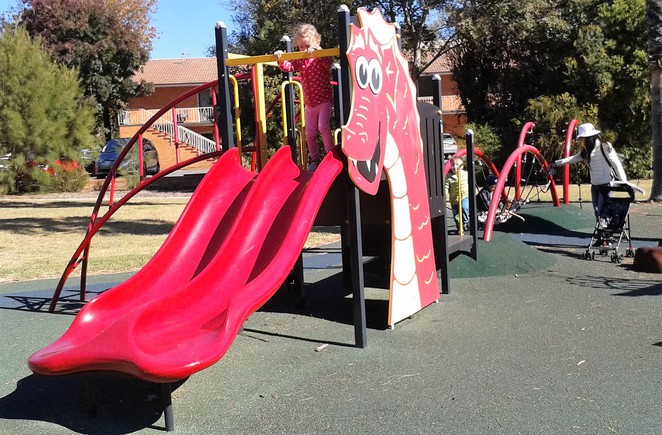 sister city park, hatta playground, queanbeyan, best playgrounds, parks, BBQ areas, sister parks,