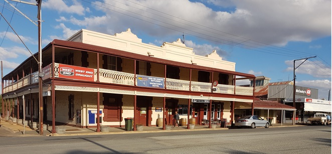 Historic Buildings at Snowtown, South Australia, Hotel