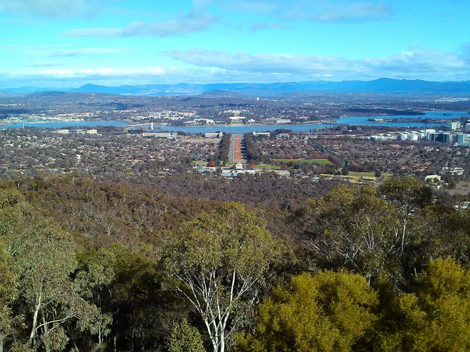 mount ainslie, summit walk, walking paths, canberra, ACT, mount ainslie summit walk, kokoda memorial walk,