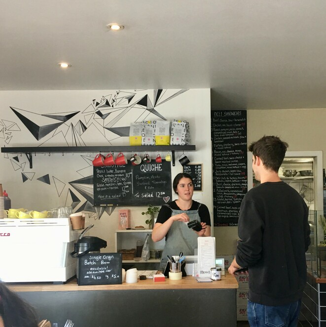 windsor deli 2020, windsor delicatessen, lunch bar, breakfast, eatery, afternoon tea, lunch, toasted sandwiches, homemade sausage rolls, biscuits, coffee, tea, hot chocolate, smoothies, juices, family fun, family friendly, kid friendly, good food, cheap eats